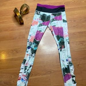Lululemon Leggings (multicolor)
